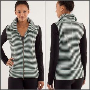 Lululemon Daily Yoga jacket - CA042